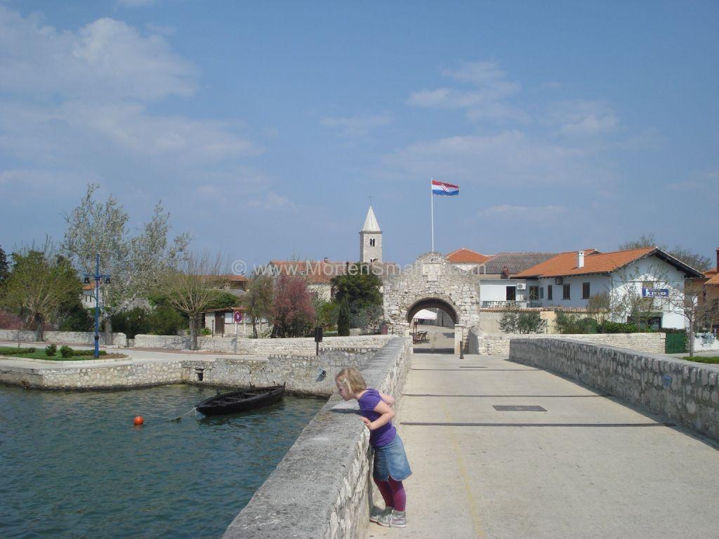 Nin croatie guide touristique la plus ancienne ville for Piscine mantes la ville