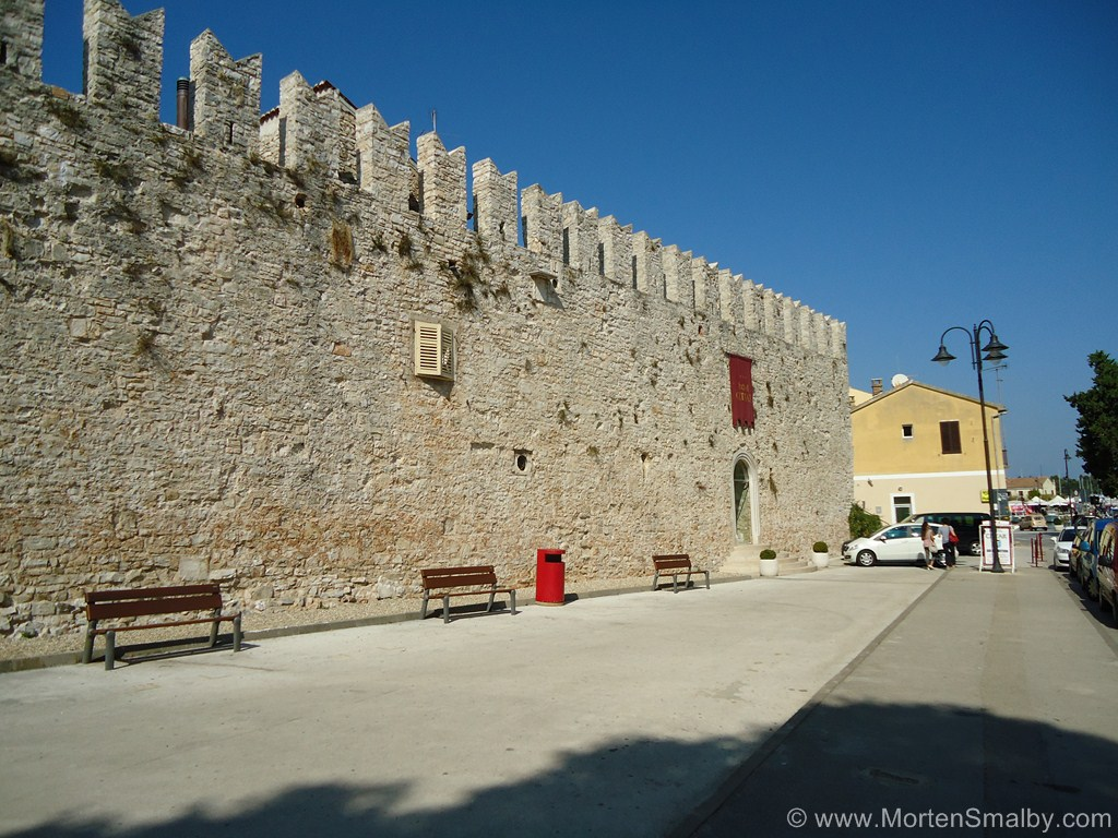 murs-novigrad